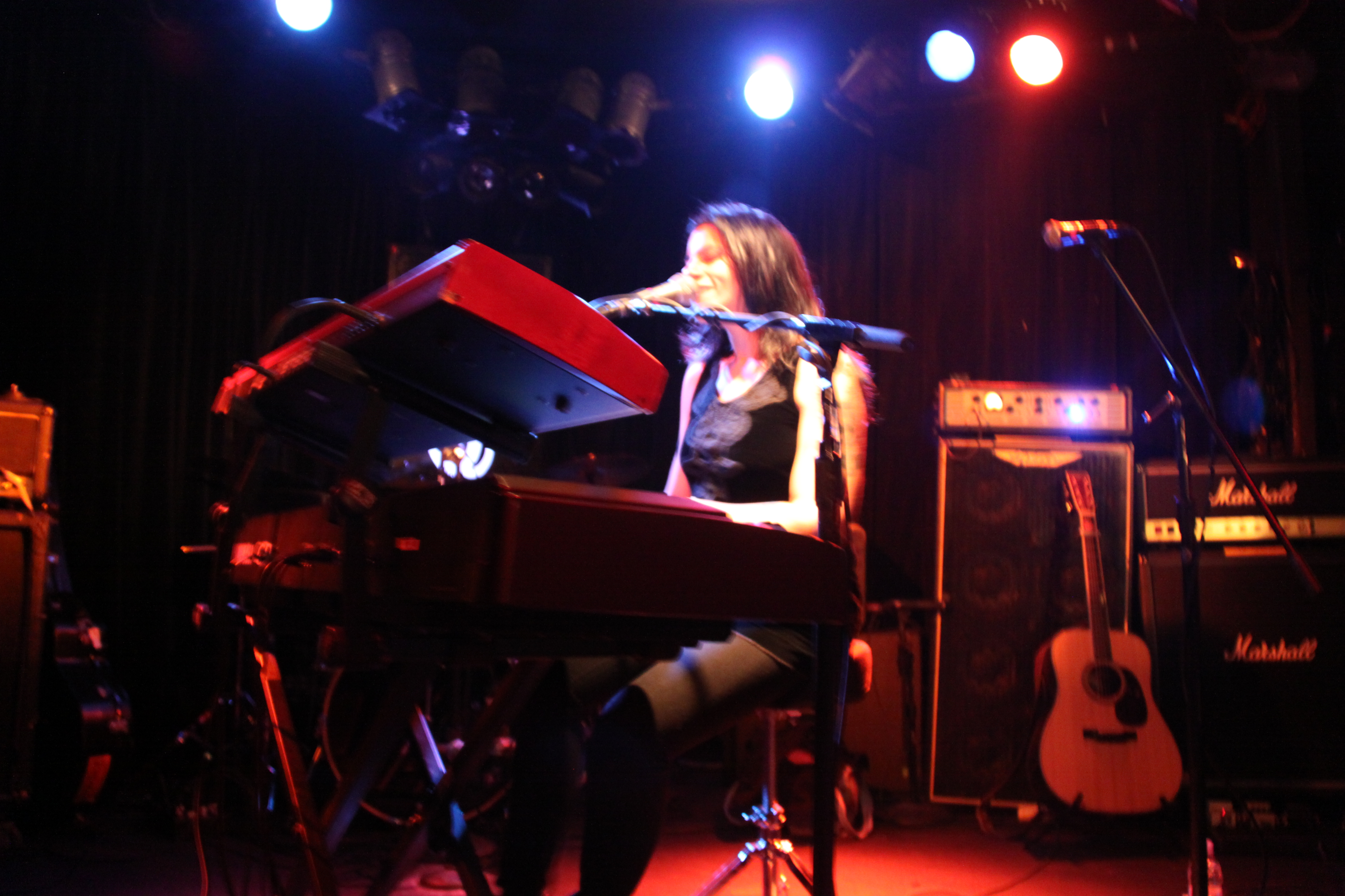 Terra Naomi at The Viper Room: Strippers, Vicodin, Infidelity ...